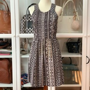 Dresses & Skirts - Printed Black and White Dress